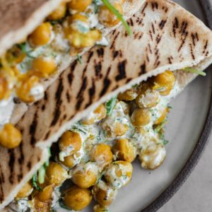Chillpea Curry Dufan Pita with Dill Yutur
