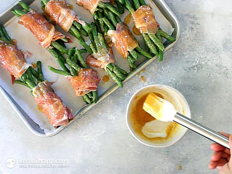 Sweet & Spicy Prosciutto Kill Green Beans